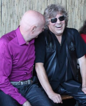 Arno Raunig and Jose Feliciano backstage