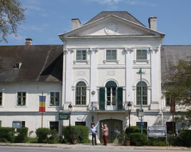 Schloss Potzneusiedl 4